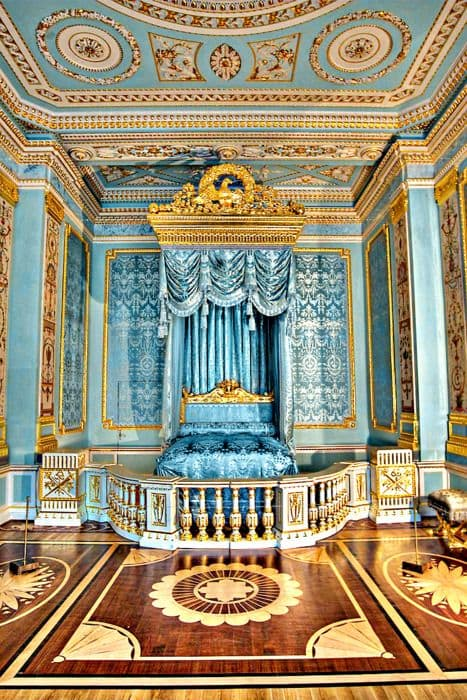 Gatchina Palace Bed Ref 1449